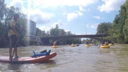 Tubing – mit dem Schlauch über einen Fluss paddeln