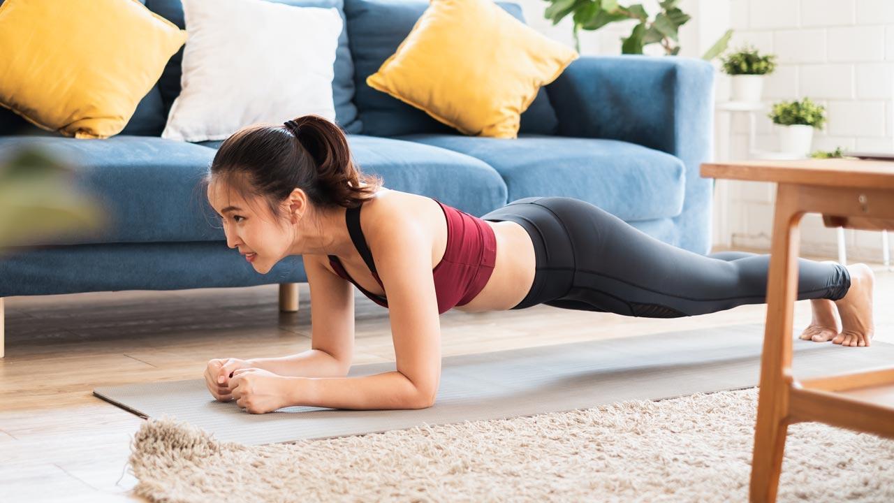 Fitnessmöglichkeiten während dem Winter-Lockdown - Planke