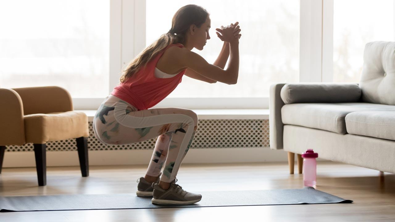 Fitnessmöglichkeiten während dem Winter-Lockdown - Training im Wohnzimmer