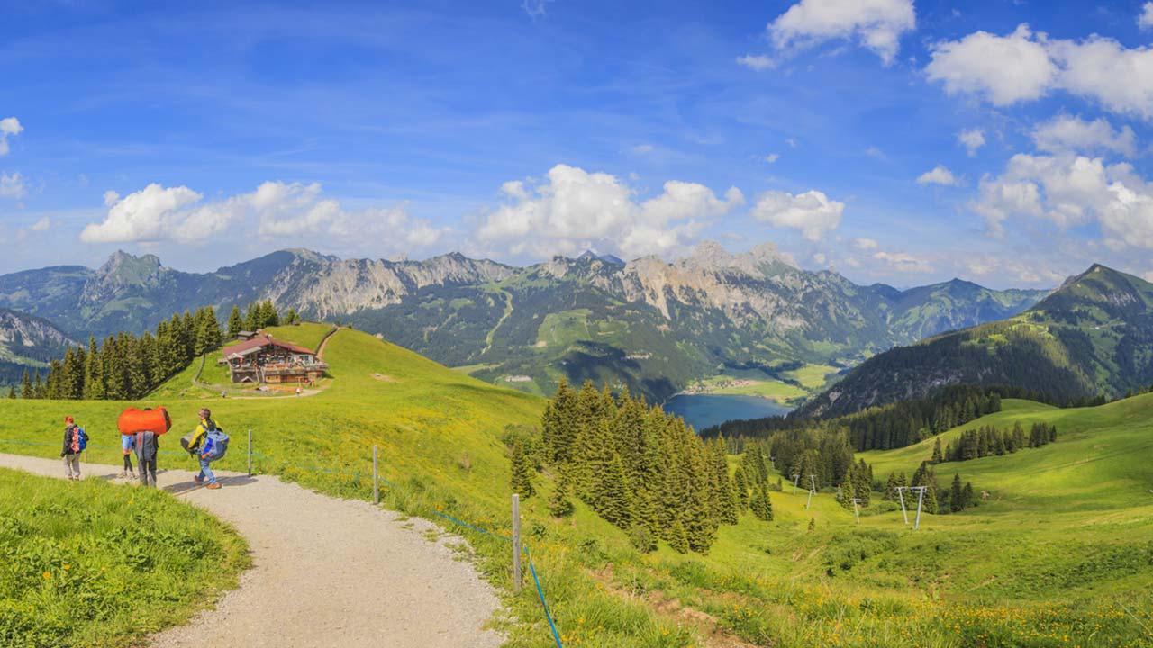 Die schönsten Wanderwege im Allgäu - Bergstation der Neunerköpflebahn
