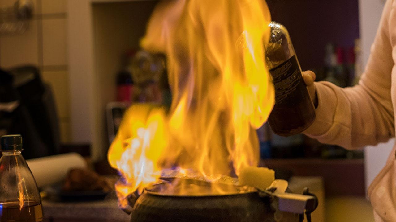 Der Klassiker - Feuerzangenbowle - mit Rum
