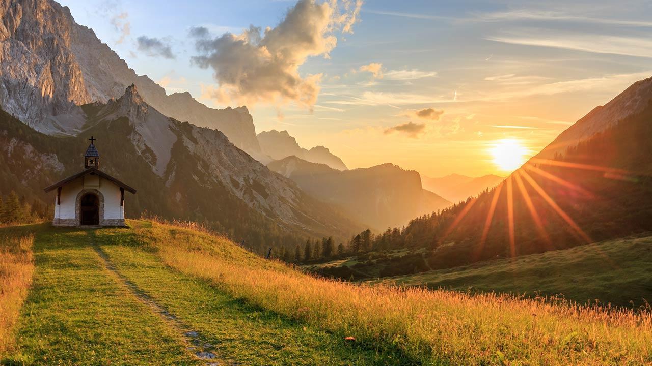 Abwechsungsreiche Wanderrouten im Karwendelgebirge - Hallerangeralm