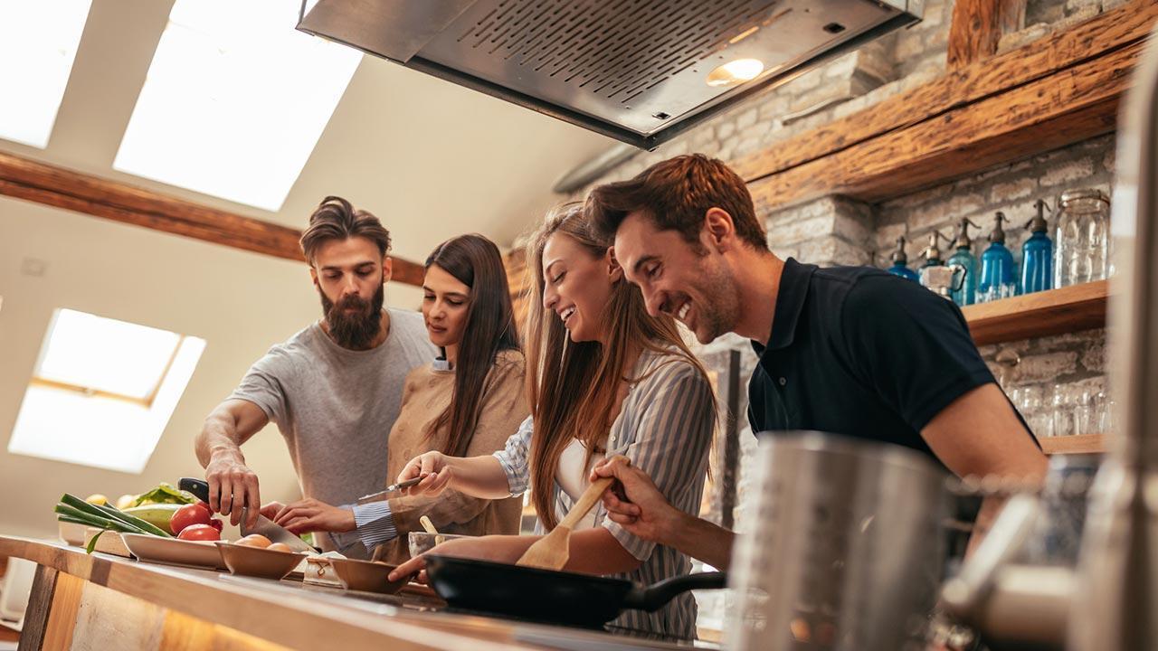 Untermieter - Fremder oder Freund im Haus - Kochen mit Freunden