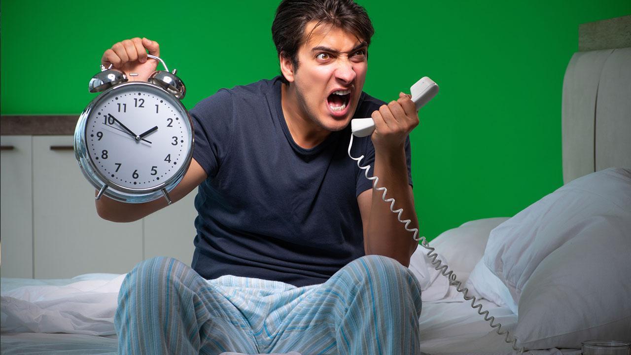 10 Dinge die man an Silvester vermeiden sollte - Mann beschwert sich