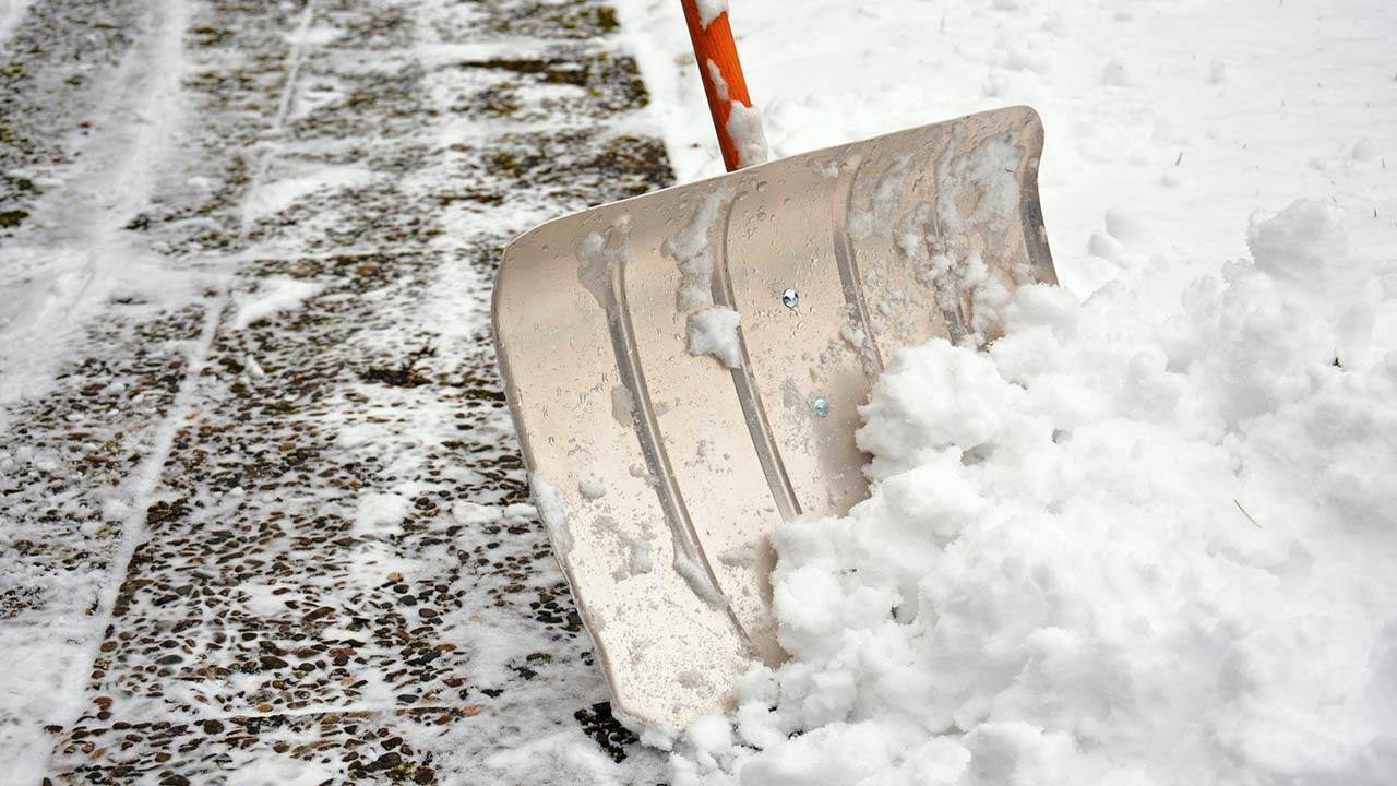 Vorsicht Glatteis - Schneeräumung