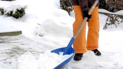 Das sollten Sie beim Kauf einer Schneeschaufel beachten