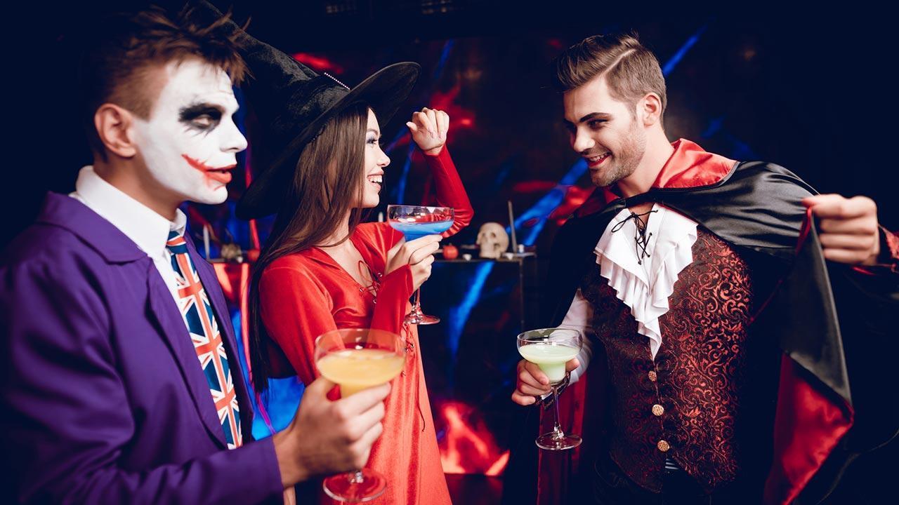 Diese Hits dürfen in Ihrer Faschingsplaylist nie fehlen - Horror Kostüme