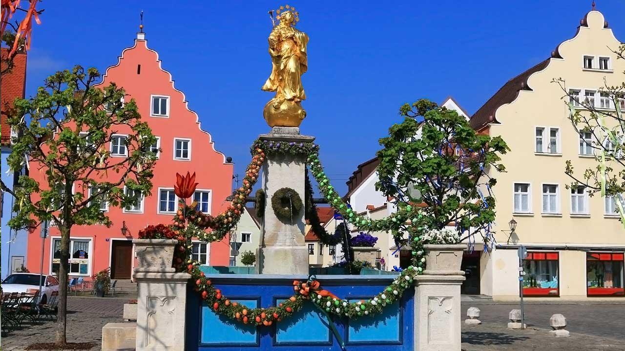 Fränkische Osterbrunnen - Wemding