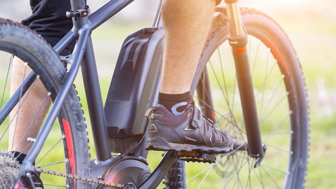 Mit dem E-Bike in den Frühling starten - Männerwaden mit Akku