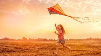 Drachensteigen mit Kindern - Welcher Drache fliegt am besten ?
