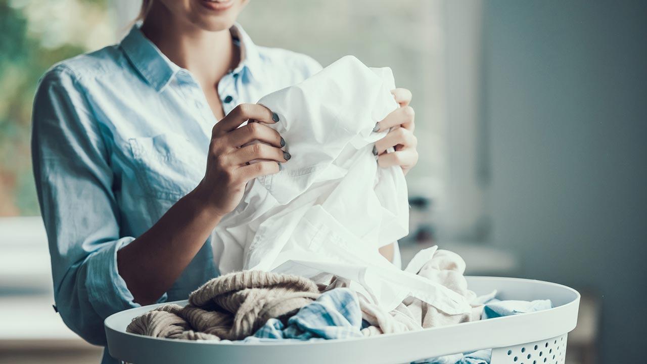 Worauf Sie beim Kauf eines Trockner achten sollten - Wäsche falten