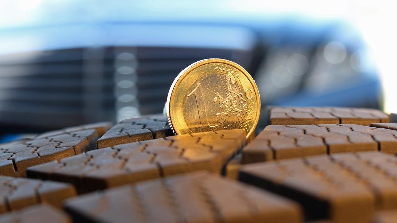 Winterreifen Profil selber nochmals checken - Profil mit Münze messen