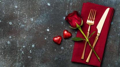 Ein romantisches Valentinsessen planen