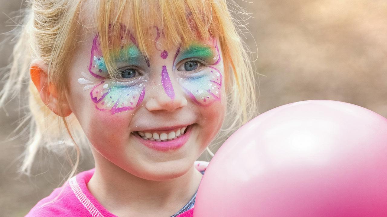 Die 5 schönsten Kinder Faschingskostüme - Schmetterling Make Up