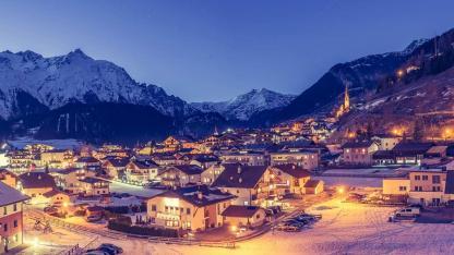 Die besten Familienskigebiete in Tirol - Nauders bei Nacht