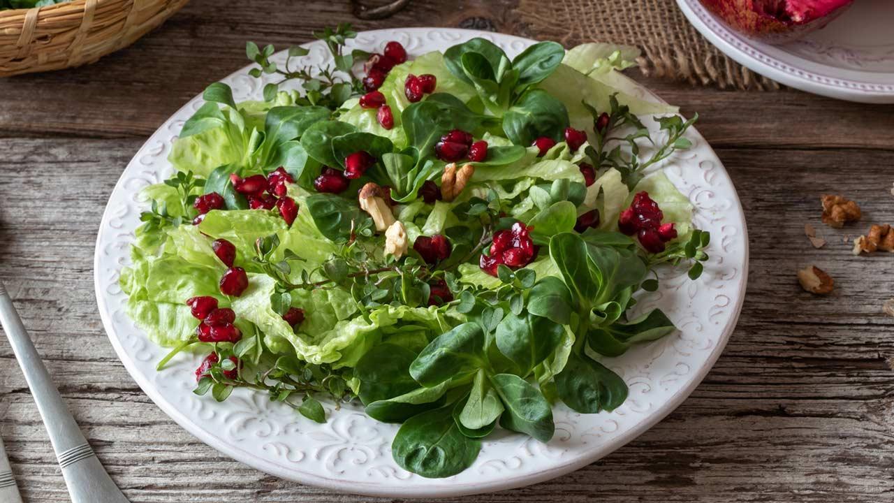 Leckere Rezepte mit Feldsalat - schön angerichtet