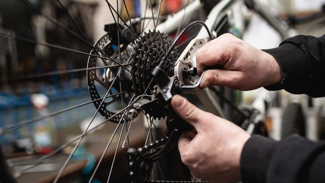 Fahrrad fit machen - Schaltung warten