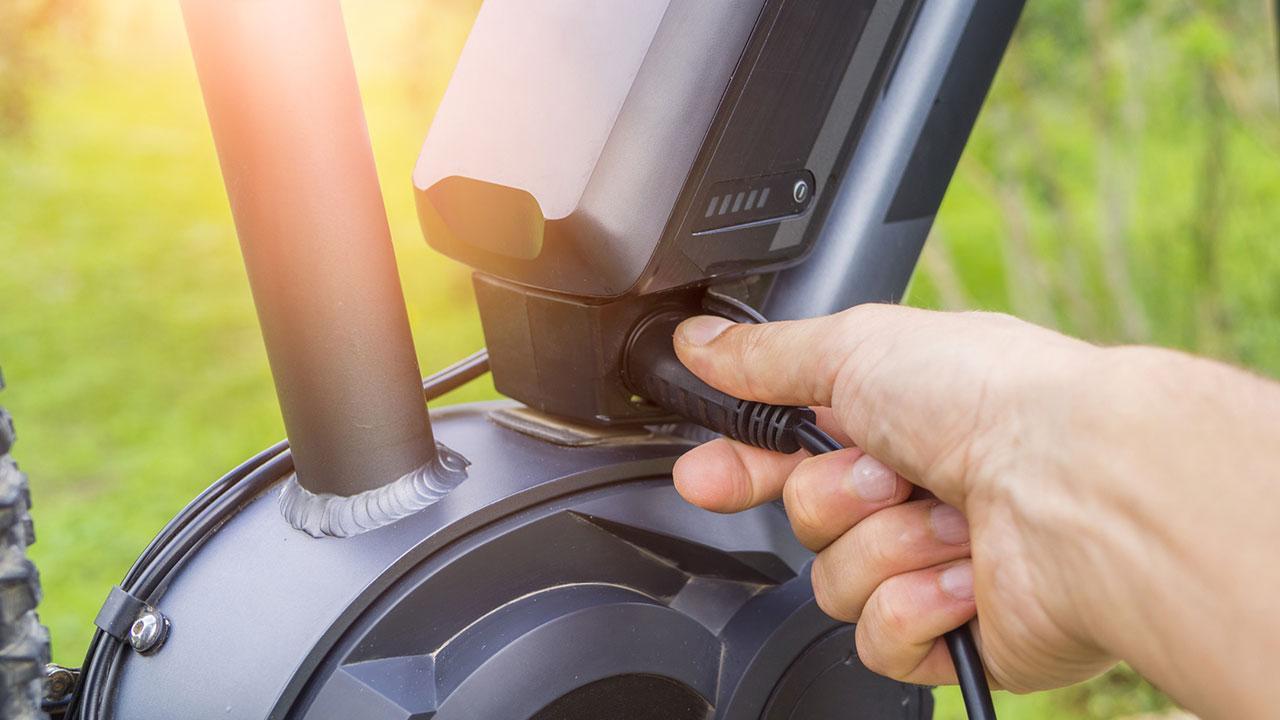 Mit dem E-Bike in den Frühling starten - Batterie Check