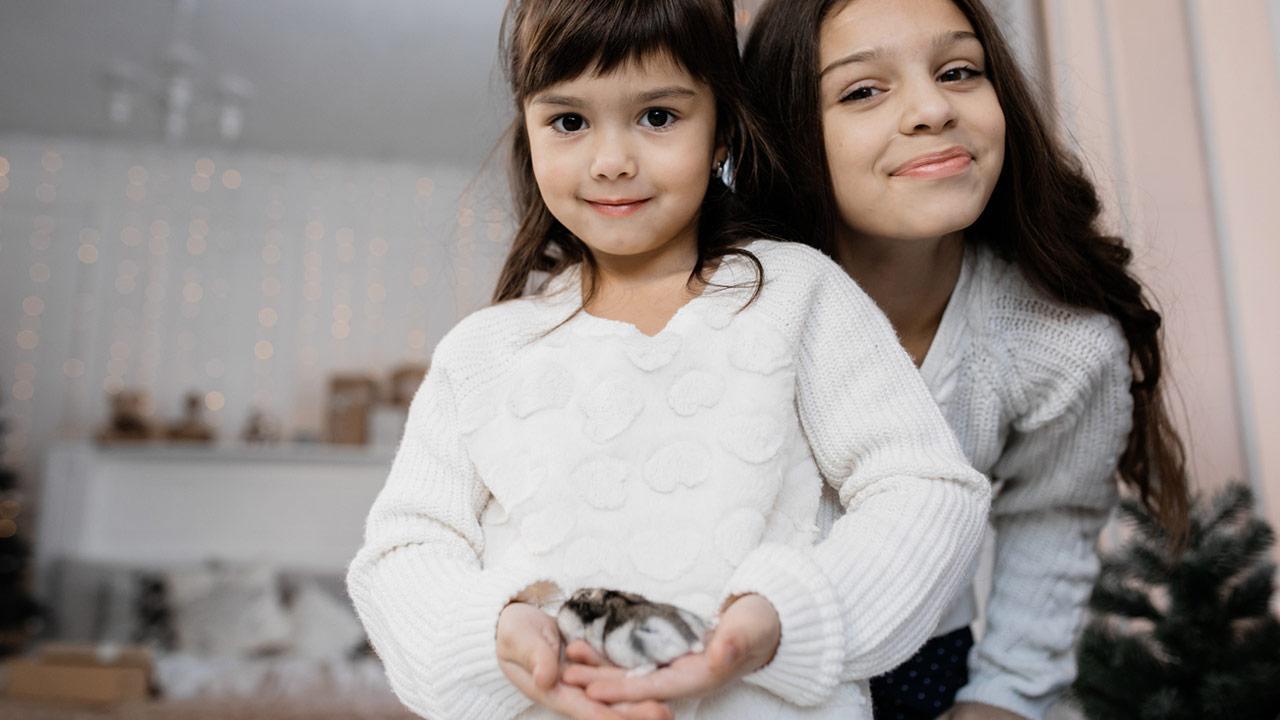 Mäuse - das perfekte Haustier für Kinder ? - 2 Mädchen