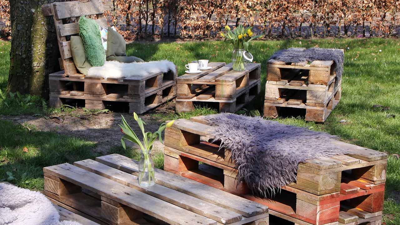 Gartenmöbel aus Paletten selbstgemacht / Gartenmöbel aus Paletten
