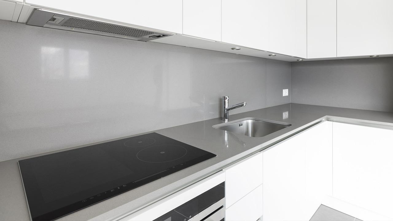 Die optimale Dunstabzugshaube / Dunstabzugshaube in der Küche eingebaut