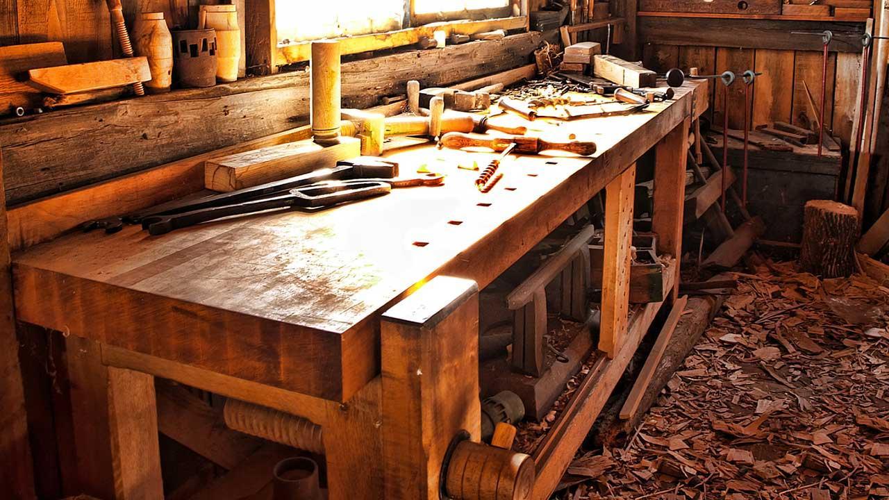 Hackschnitzelheizung - Kosten, Nutzen und Umweltbilanz - Holzreste aus der Werkstatt