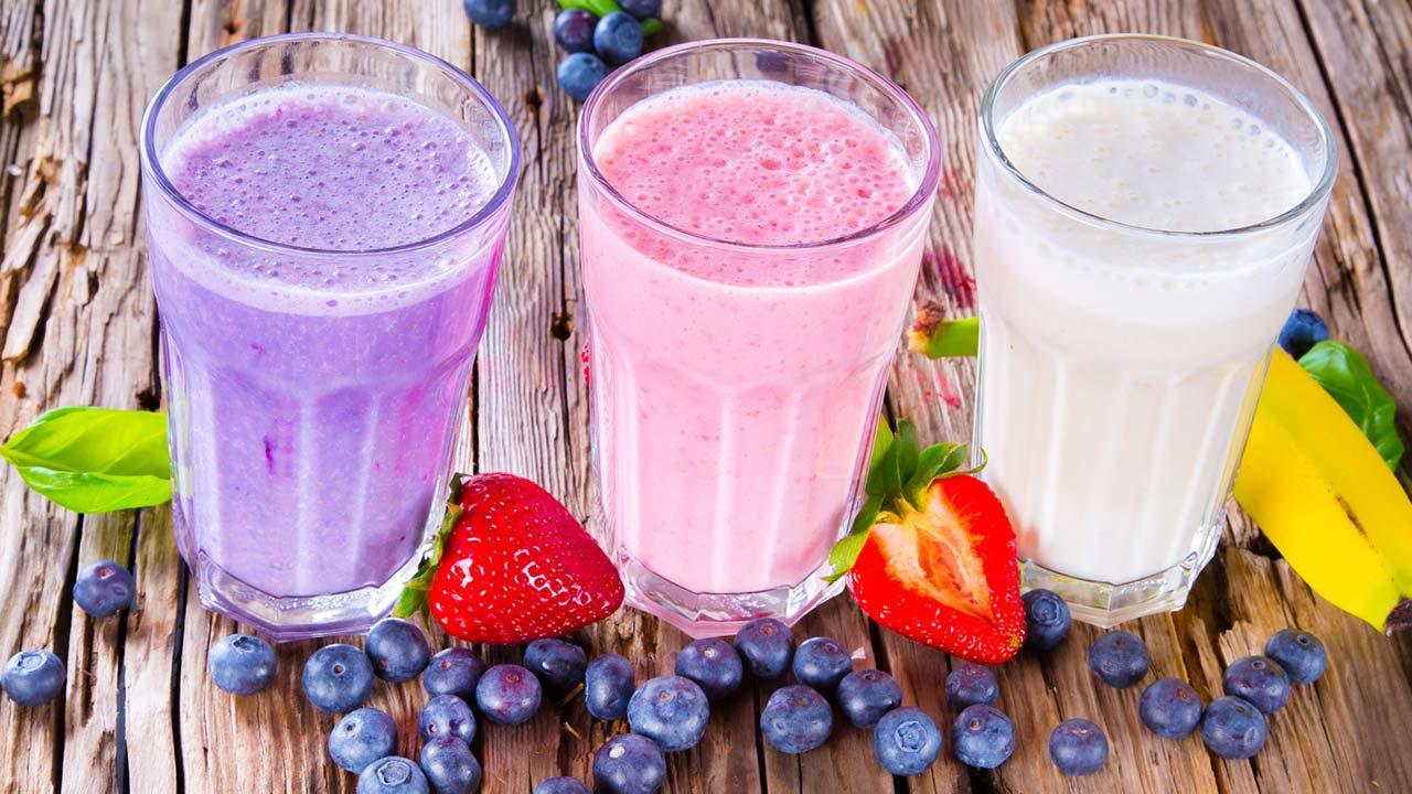 So bereiten Sie sich perfekt aufs Fasten vor - drei verschiedene Smoothies