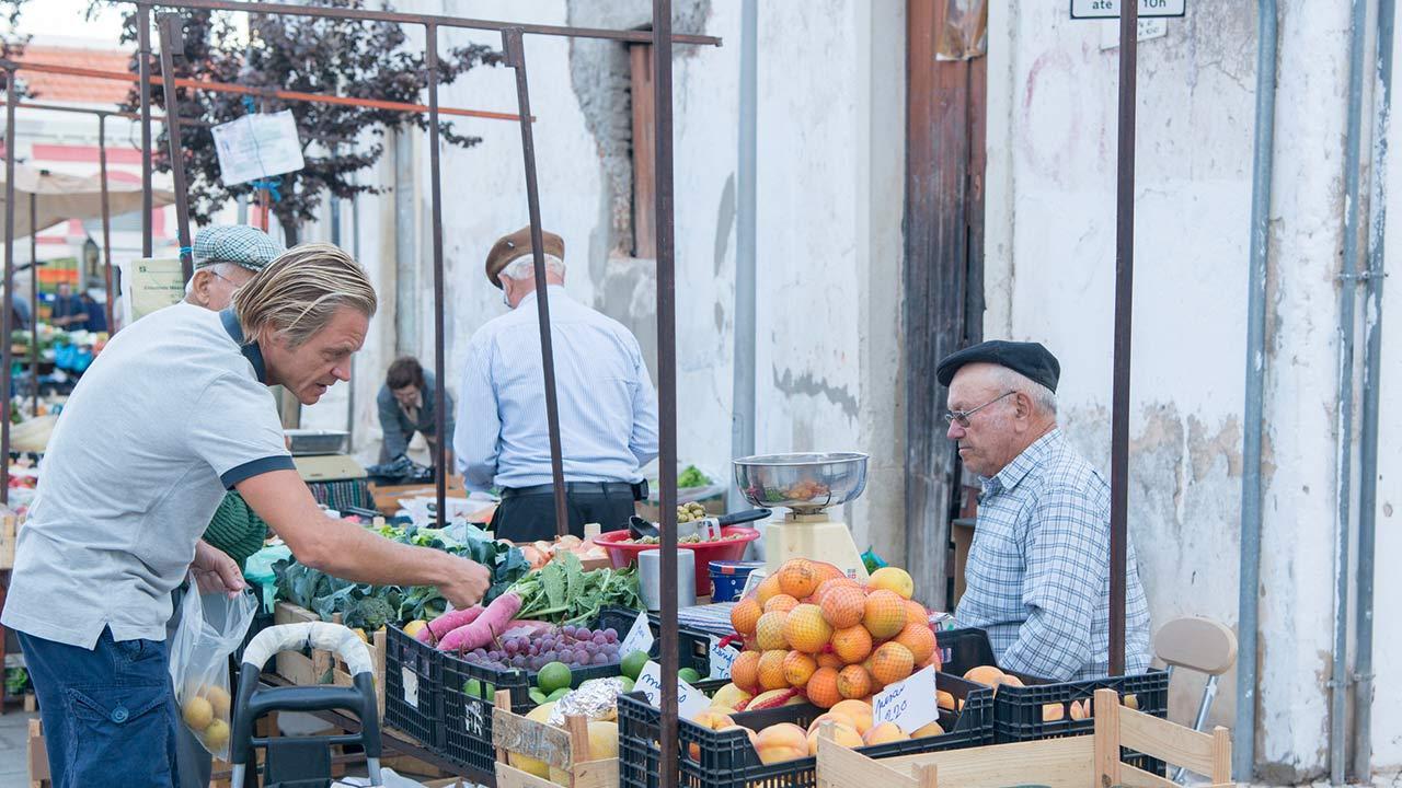 Winterurlaub an der Algarve verbringen - der Wochenmarkt in Algarve