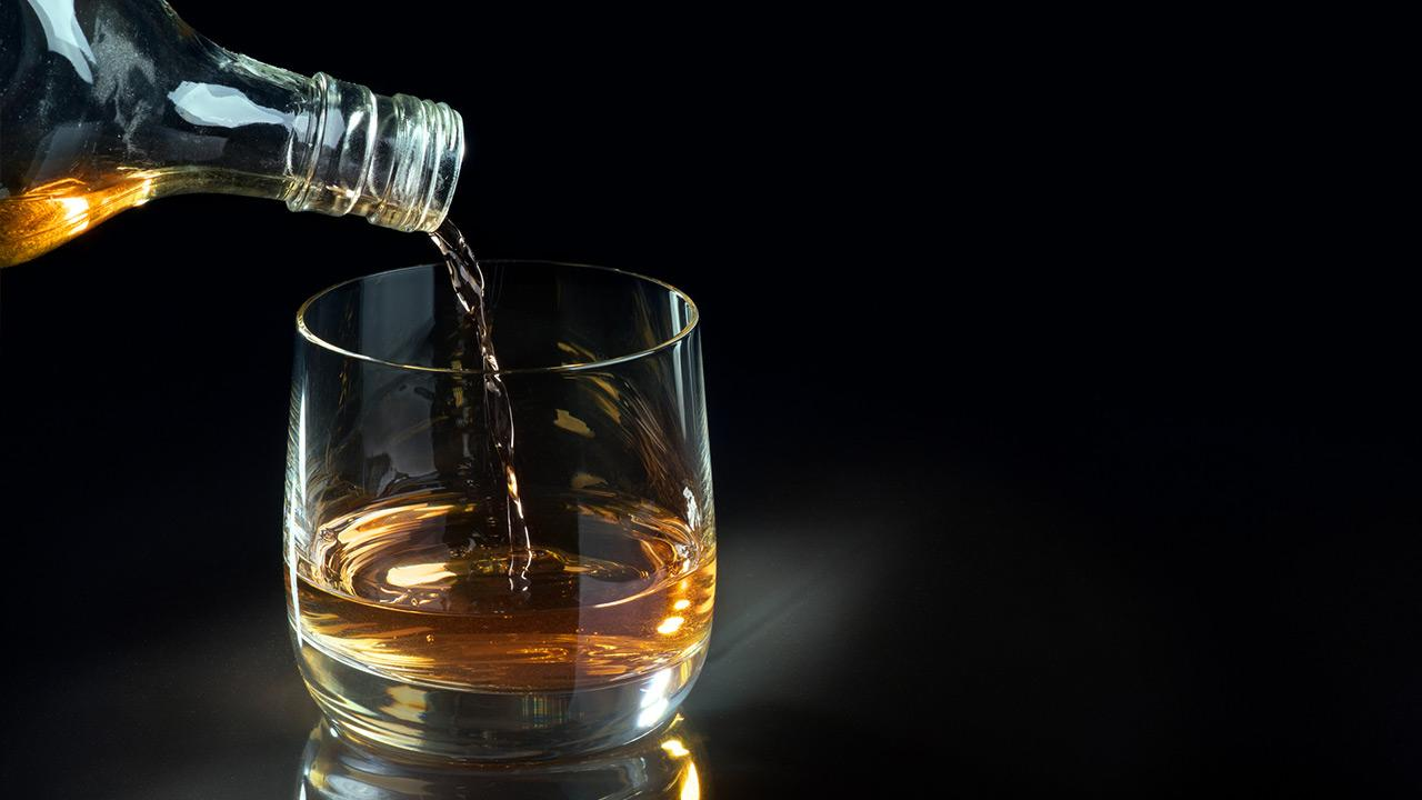 Whisky on the Rocks oder ohne Eis - Whisky ohne Eis